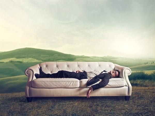 يساعدك النوم المتواصل لتنشيط جسمك، والانتعاش، وكذلك الاستعداد ليوم آخر من الصيام