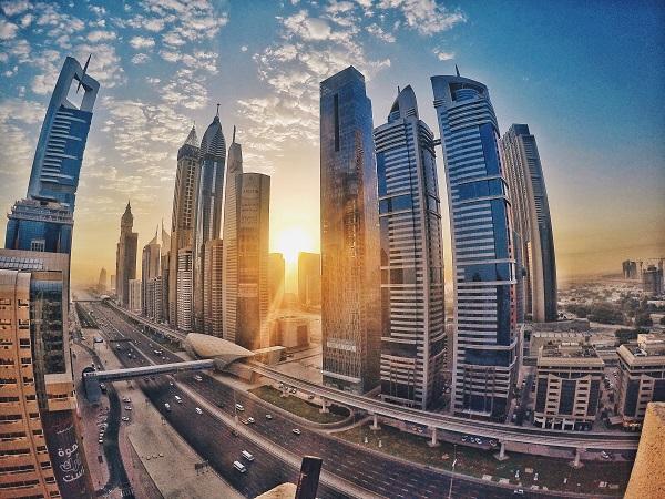 تتميز الرعاية الصحية في دولة الإمارات بأفضل الخدمات الطبية والمرافق الطبية الحديثة
