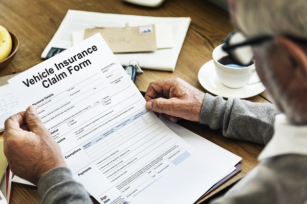 التواصل الفعّال بينك وبين شركة التأمين يمكن أن يساعد كثيراً في تحديد مطالبات التأمين